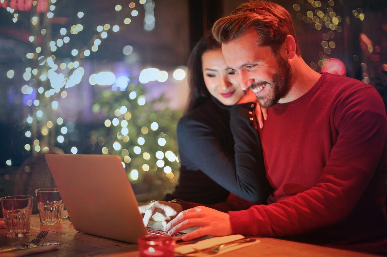 Online Shopping के फायदे और नुकसान क्या है?
